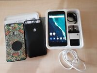 GOOGLE HUAWEI NEXUS 6P 32GB (UNLOCKED) PHONE WITH BOX, ACCESSORIES, WARRANTY AND EXTRAS