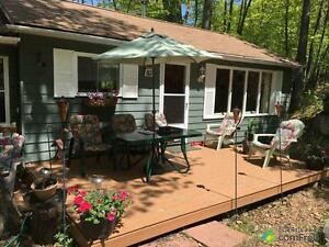 $165,900 - Cottage for sale in Utterson