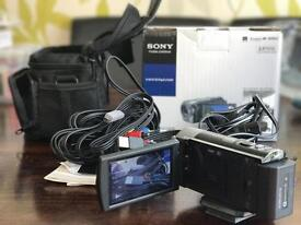 SONY Handycam with carrycase and Tripod in carry casr