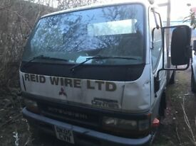 Mitsubishi canter diesel 2005 breaking engine gearbox rear axel available