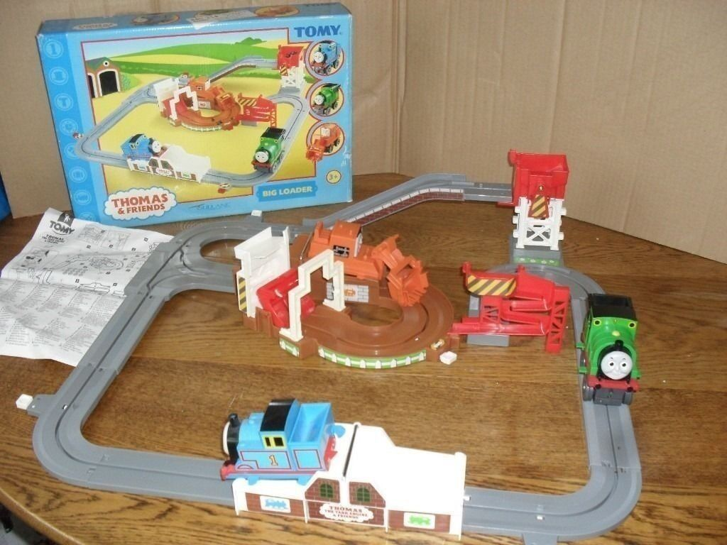 TOMY Thomas the Tank Engine and Friends: Battery operated Big Loader ...