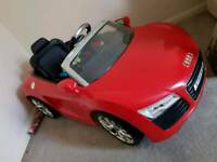 Kids 12v electric Audi car