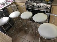 Breakfast bar stools x5