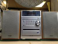 Aiwa XR-EM50 stereo system and speakers Excellent Condition and Full Working Order