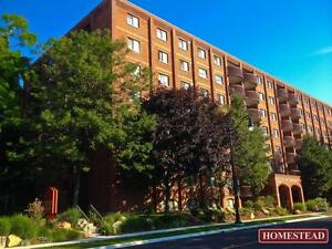 Lord Sydenham - 32 Ontario St - Downtown Waterfront-2Bdrm