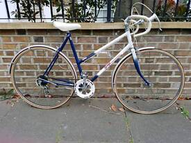 RALEIGH LADIES ROAD BIKE IMMACULATE CONDITION