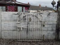 wrought iron gate / garden gate / galvanised gate / house gate / metal gate / patio / steel gate