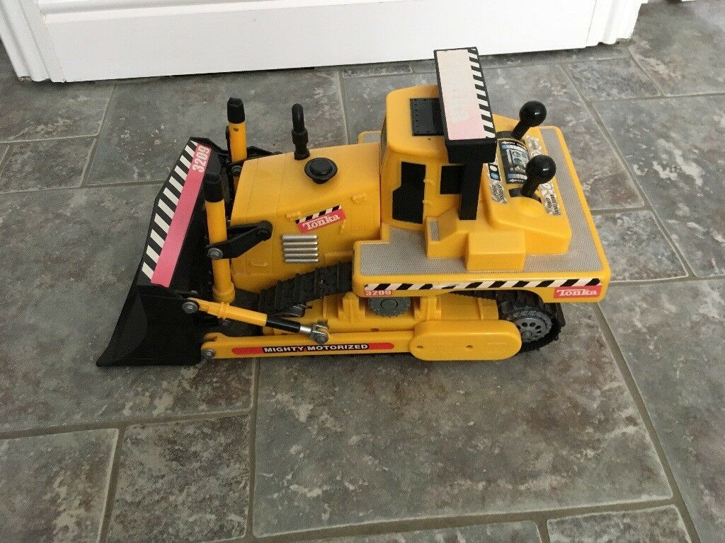 Tonka Low Loader Lorry and Earth Mover