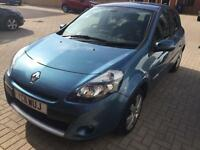 For sale - AUTOMATIC 2011 Renault Clio GT Line Tom Tom