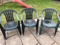 5 plastic chairs for sale patio