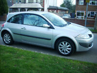 LOW MILEAGE 2007 07 REG RENAULT MEGANE 1.6 DYNAMIQUE 3 DOOR ONLY 27000 GENUINE MILES SILVER