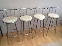 Breakfast bar stools / chairs