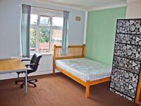 It's always good to live with great people who create friendly atmosphere. Large Double Room NoBills