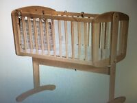 MOTHERCARE -SWINGING CRIB ,USED FOR FEW MONTHS ONLY -50£ WITH MATRESS