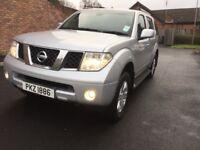 Nissan Pathfinder full year mot 7 seats full leather interior