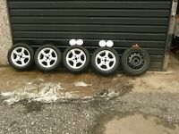 SET OF 4 ALLOY WHEELS OFF FORD MONDEO