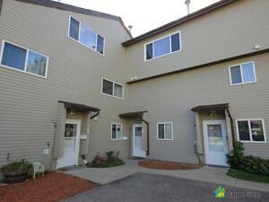 $205,000 - Townhouse for sale in West Meadowlark Park