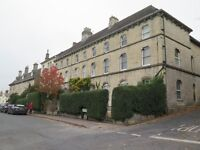 Sunny and spacious 1 bedroom first floor flat near Stroud centre.