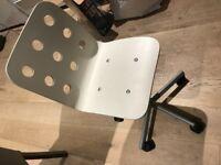 White IKEA Desk & Chair EXCELLENT CONDITION