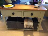 Console / Sideboard / Unit