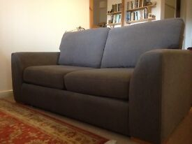 Sofa Bed; 2/3 seat sofa with comfortable pull out bed, excellent condition
