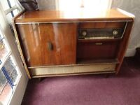 vintage radio/record player display cabinet