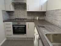 Immaculate 2 double bedroom modern spacious flat close to amenities in heart of East Croydon CR0