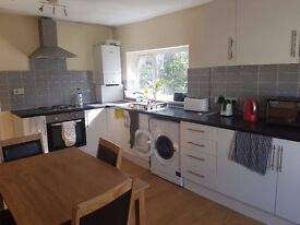 Large 4 Bedroom Flat available for JULY AND AUGUST INCLUDING ALL BILLS.