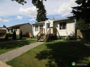 $285,000 - Bungalow for sale in Highlands