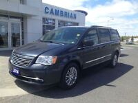 2014 Chrysler Town & Country Touring + Leather Seats & Remote St