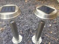 Solar power garden lights x 2