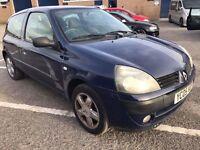 Renault Clio 1.2 petrol 2005 10 months mot