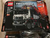 Lego technic Mercedes Arocs 3245 truck 42043 - Built once