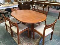 G , Plan table and chairs in fantastic condition.