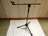 Samson BL3 Collapsible Ultra Light Microphone Boom Stand in mint condition