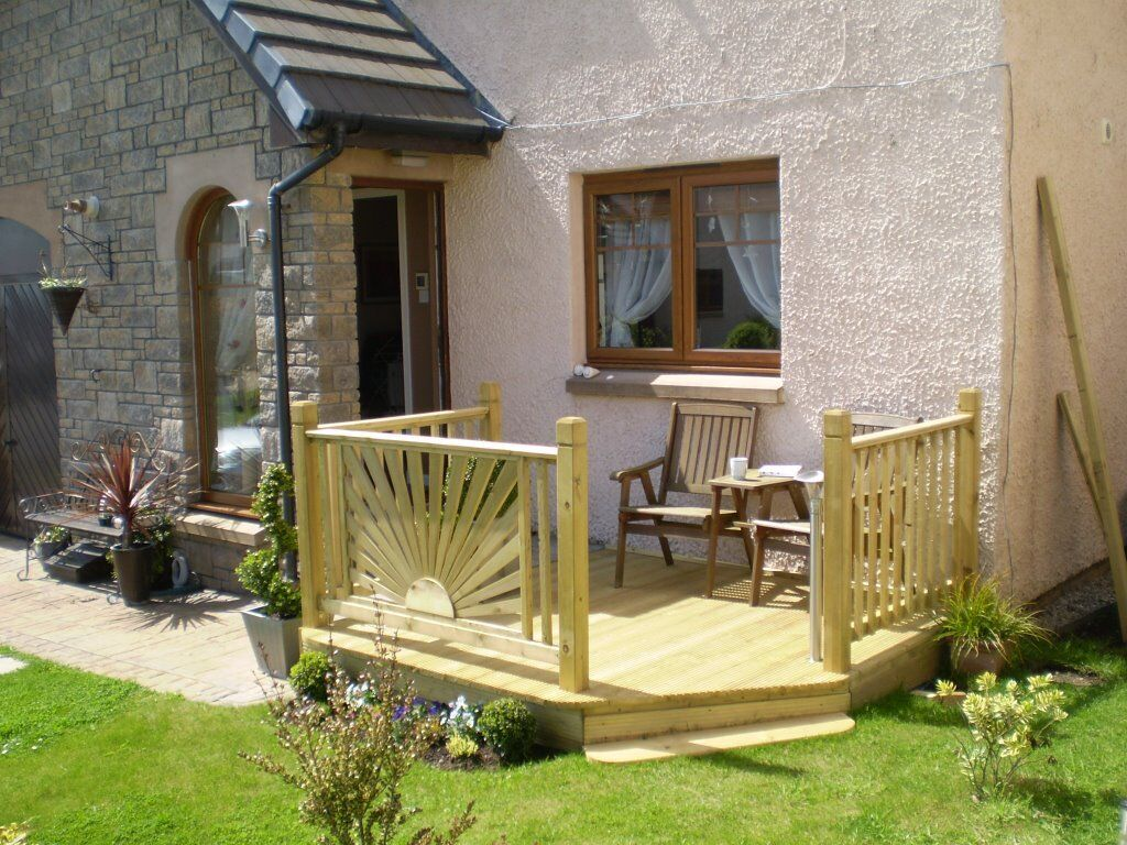 Clearances fencing decking gardening garden maintanence for Garden decking gumtree