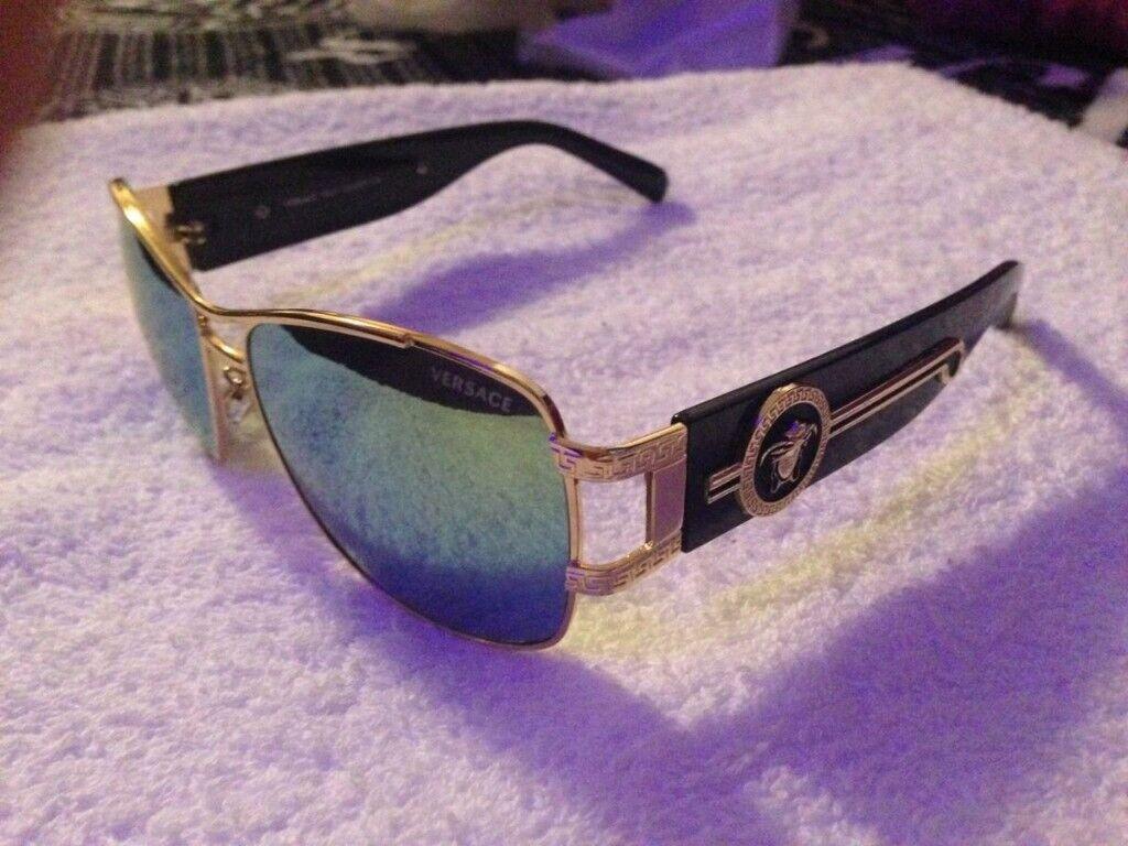 9051b6c3ef7e Versace sunglasses Green   Black with Box 02