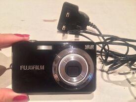Fujifilm Finepix J40 12.2 MP Digital Camera 3x Optical Zoom 3 inch LCD