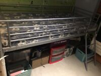 Single bunk bed with brand new matrice