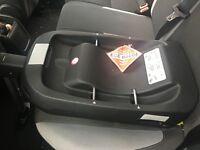 Silver cross car seat base x2