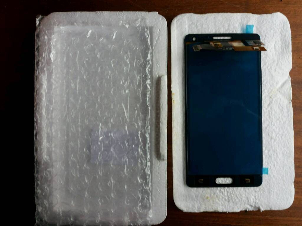 Samsung A500 replacement screen