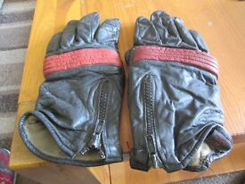 FOR SALE MOTOR CYCLE GLOVES