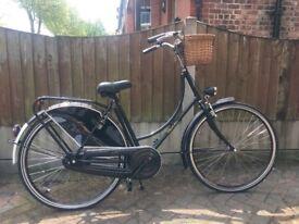 Dutch Bike! DUTCHIE chic bike! From Holland!! Stunning bike!! Brand new condition!! 56cm frame size