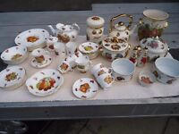 COLLECTION OF POTTERY