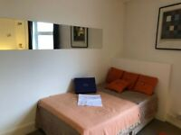 21-23 Chapel Street STUDIO Room 2-AVAILABLE NOW-SPACIOUS-MOST BILLS INCLUDED-IDEAL LOCATION!!