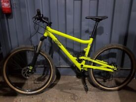 Commencal El Camino S (Medium) full suspension bike - mint condition!