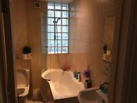 AVAILABLE NOW !! £1320PCM !! Luxury 2 Double Bedroom Flat in Woodford, IG8 OHL ..THIS GO QUICK !