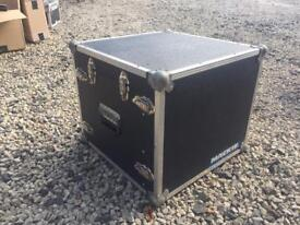 7U flight case with mixer stand