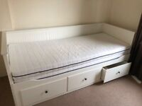 IKEA hemnes day bed turns into king size