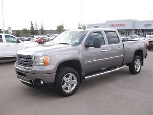 2012 GMC SIERRA 2500HD Denali|NAV|Crew CAB|Camera|Leather|S Roof